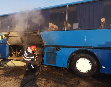 Un autocar cu 21 de copii a luat foc la Botoșani