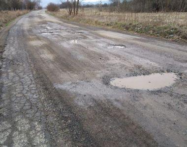"""Florin Cîțu: """"În România nu mai trebuie să avem, în secolul 21, drumuri de pământ"""""""