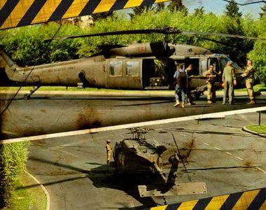 VIDEO | Un elicopter militar a aterizat de urgență în Piaţa Charles de Gaulle din Capitală