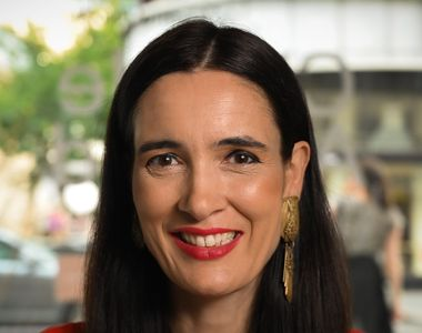 Clotilde Armand CV: Ce studii are primarul sectorului 1?