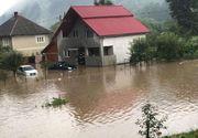 VIDEO - Inundațiile au făcut prăpăd în țară: Au distrus tot ce au găsit în cale