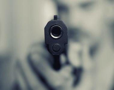 Incident șocant: un bărbat a fost împușcat în cap de cumnatul său