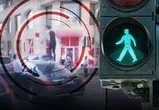 VIDEO - Scene incredibile în traficul din Capitală. O femeie s-a urcat pe capotele mașinilor oprite la semafor și a început să danseze