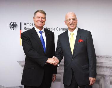 Klaus Iohannis l-a decorat pe ambasadorul Germaniei în România