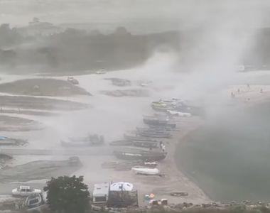 VIDEO - Furtună puternică pe litoral. Rafale de vânt de până la 80 de kilometri la oră...