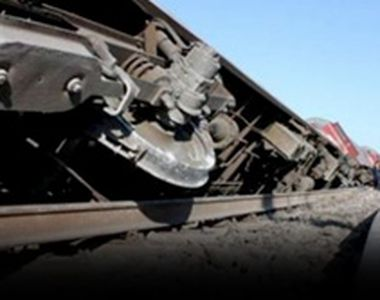 VIDEO - Iadul căilor ferate. Haos pe ruta București - Constanța, după ce un tren a deraiat