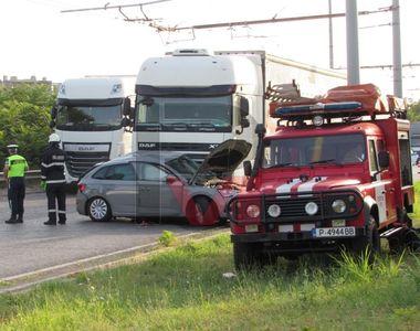 Accident grav la Vama Ruse. O femeie și un adolescent au murit