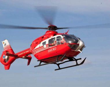 Un microbuz cu mai mulți pasageri s-a răsturnat pe Autostrada Soarelui. Elicopterul...