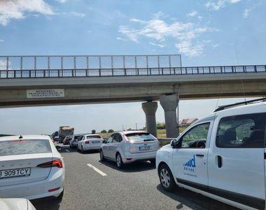 Haos pe Autostrada Soarelui. Patru mașini s-au ciocnit