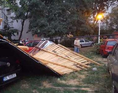 Alertă de furtuni puternice în România. S-au înregistrat zeci de apeluri la 112