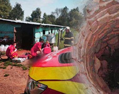 Doi bărbați au căzut într-o fântână adâncă de 6 metri. Unul dintre ei a murit
