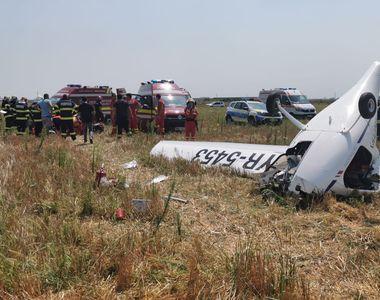 VIDEO | BREAKING NEWS: Un avion de mici dimensiuni s-a prăbușit în Chitila. Două...