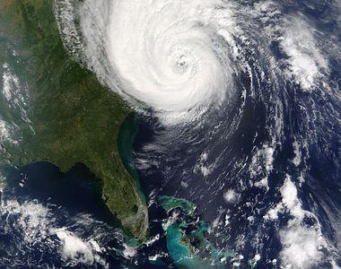 Ce este si cum se formează un ciclon. Fenomenul meteorologic a provocat inundații...