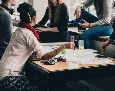 BAC 2021 sesiunea august - septembrie. Marți elevii susțin proba obligatorie a profilului
