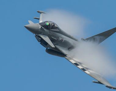 Forţele Aeriene Regale Britanice au interceptat o aeronavă a Federaţiei Ruse, deasupra...