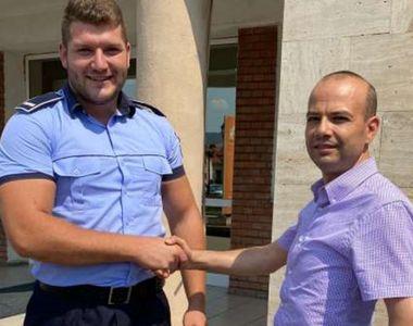 Gest impresionant al unui bărbat din Alba Iulia. A predat Poliţiei un telefon şi un...