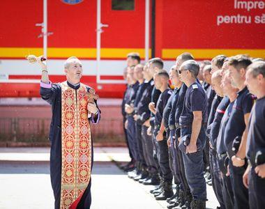 VIDEO | Pompierii români trimit opt autospeciale în Grecia, pentru a ajuta la stingerea...