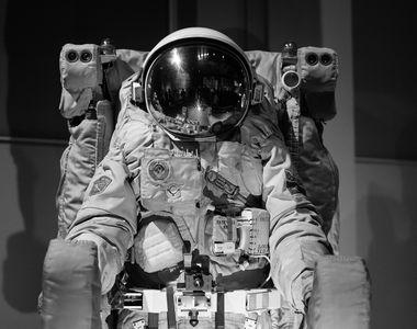 Cine a fost Neil Armstrong, primul om care a pasit pe luna