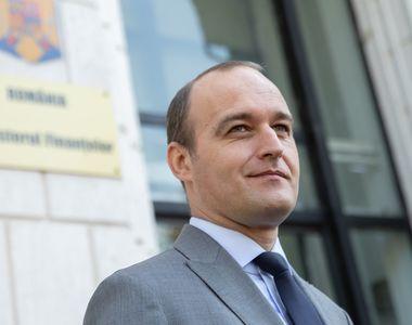 """O nouă gafă a ministrului de Finanțe: nu a știut cât e salariul minim. """"Nu are cum..."""