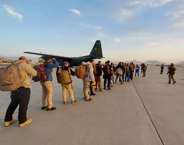 Franța și Spania au decis: vor opri operațiunile de evacuare din Afganistan
