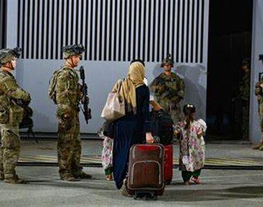 Înțelegere secretă între armata SUA și talibani. Talibanii au escortat cetățeni...