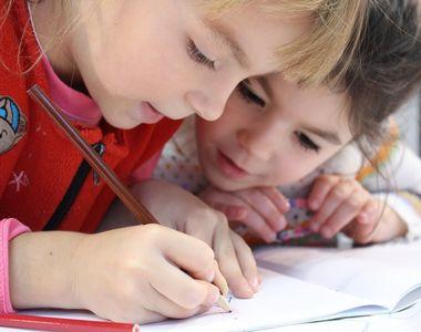 Mesaje pentru prima zi de şcoală 2021: Un moment emoționant pentru ficare copil