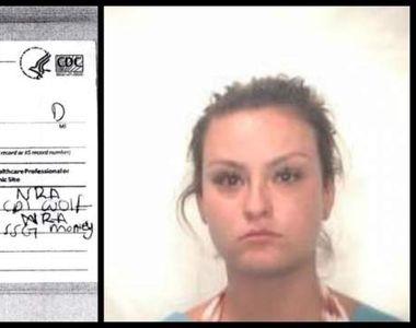 O femeie a fost arestată pe loc după ce a fost prinsă cu certificat de vaccinare fals....