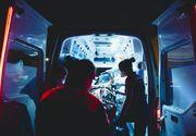 Un adolescent de 15 ani a ajuns în comă la spital. Băiatul se deplasa pe bicicletă și a fost lovit de o mașină