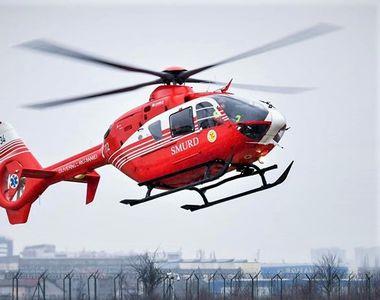 Copil de 4 ani, preluat cu elicopterul SMURD după ce s-a apropiat de focul aprins de...