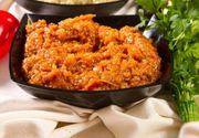 Reţetă zacuscă: Ce ingrediente pui la 5 kg de vinete