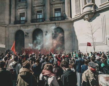 Proteste ample împotriva restricțiilor anti-COVID-19 în mai multe țări