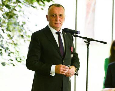 """Ministrul Educației: """"Aveam 253 de şcoli care aveau probleme din perspectiva asigurării..."""
