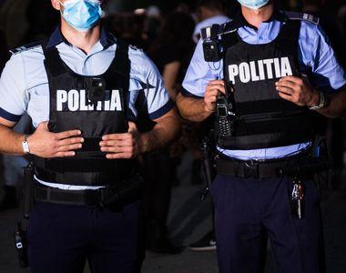 Polițiștii au petrecut în timpul programului de muncă în sediul Poliției Bârlad....