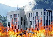 VIDEO | Incendiu la cel mai mare mall din Brașov. Au fost chemați pompierii din 4 localități