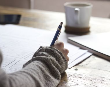 Reguli noi pentru studenți în anul universitar 2021-2022 : Cazarea și participarea la...