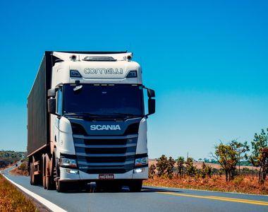 Accident tragic la Agigea: Un șofer a murit după ce s-a prăbușit cu TIR-ul, de la cinci...