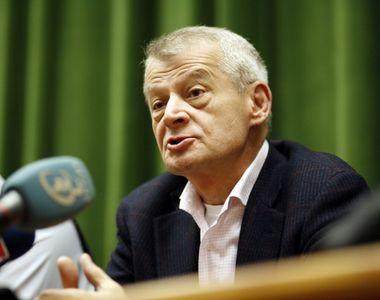 Fostul primar al Capitalei, Sorin Oprescu, a fost diagnosticat cu COVID-19. În ce stare...