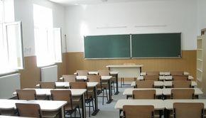 De luni, se închid școlile. Toți elevii intră în vacanță timp de două săptămâni