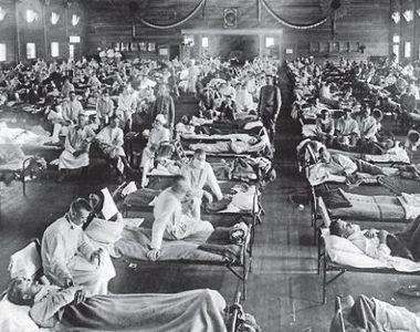 Pandemia de Coronavirus a doborât mai mulți americani decât gripa spaniolă din 1918-1919