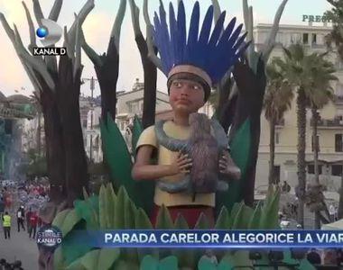 Parada carelor alegorice la Viareggio