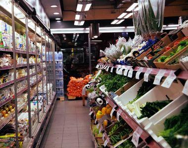 Scumpiri în masă. Alimentele de bază au prețuri cu cel puţin 25% mai mari