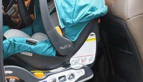 Un copil de 2 ani a rămas blocat în mașină: Pompierii au intervenit și au reușit să-l salveze