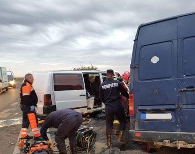 Accident teribil pe DN2. Patru oameni au murit pe loc. Elicopterul SMURD, chemat de...