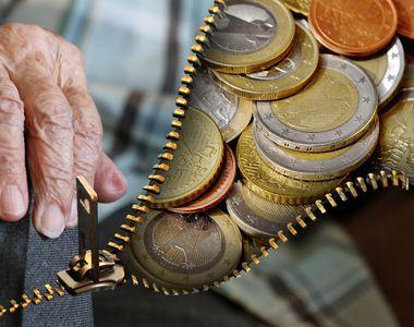 Pensia minimă 2022: Ce majorări se aplică de la 1 ianuarie?