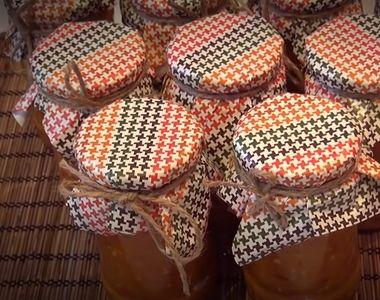 Zacusca de vinete ca în Moldova, o reţetă delicioasă