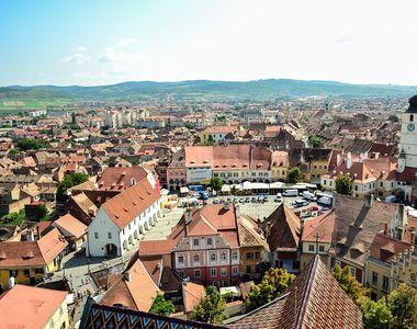 Un tânăr de 23 de ani a murit pe o stradă din Sibiu. De la ce provine decesul lui