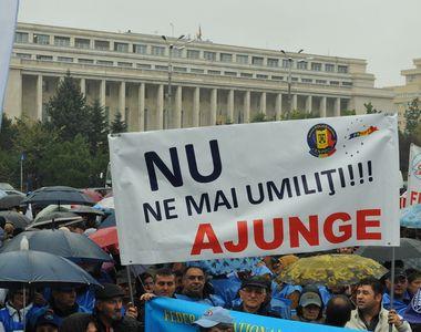 Protest de amploare împotriva Guvernului, în ziua congresului PNL