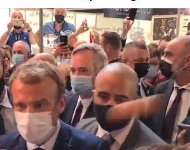 Un tânăr a fost arestat după ce a aruncat cu un ou în Președintele Franței, Emmanuel...