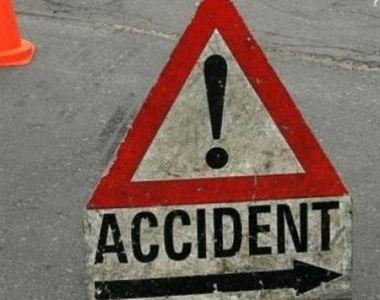 Un accident violent în care au fost implicate patru mașini a avut loc în Argeș