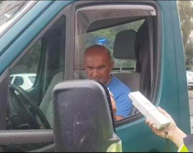 VIDEO | Șoferul unei autoutilitare, în prag de comă alcoolică!  A condus minute bune în...